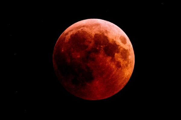 Lunar Eclipse 2021: Super blood moon can be seen May 26 in US